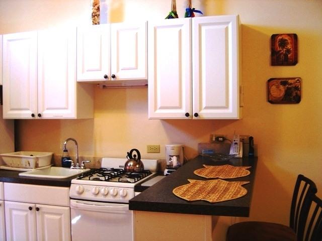 C shells guest quarters for Kitchenette design